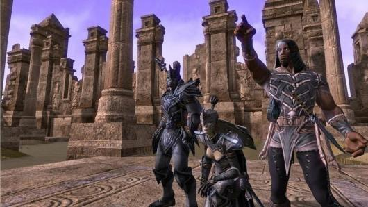 Drei Charaktere in The Elder Scrolls Online